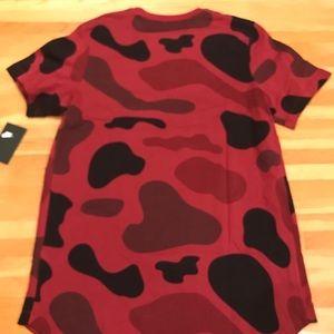 nike Shirts - NIKE NSW ALTERNATE HEM ALL OVER PRINT TEE
